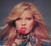 Sylvie Vartan - Page 2 Th_604585753_44qwshe3_123_143lo