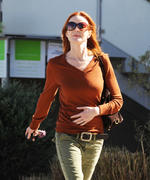 Marcia Cross out and about in Venice 02-02-2011