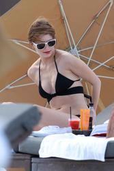 http://img240.imagevenue.com/loc367/th_312837863_Mischa_Barton_Bikini_Candids_on_the_Beach_in_Miami_December_27_2011_259_122_367lo.jpg