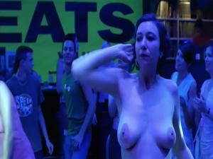 Nackt ursula srauss Ursula Strauss