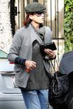 th_14832_Celebutopia-Kate_Walsh_with_ripped_jeans_in_Hollywood-24_122_7lo.JPG